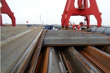 Comment l'excavation avant l'inspection des palplanches de construction